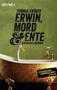 Eine Ente sitzt in der Badewanne